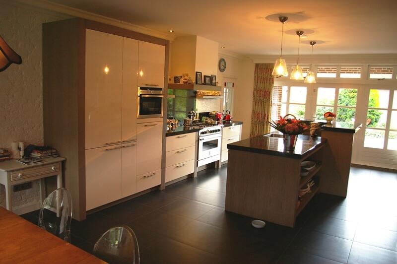Landelijke maatwerkkeukens manders keukens - Winkel raam keuken ...